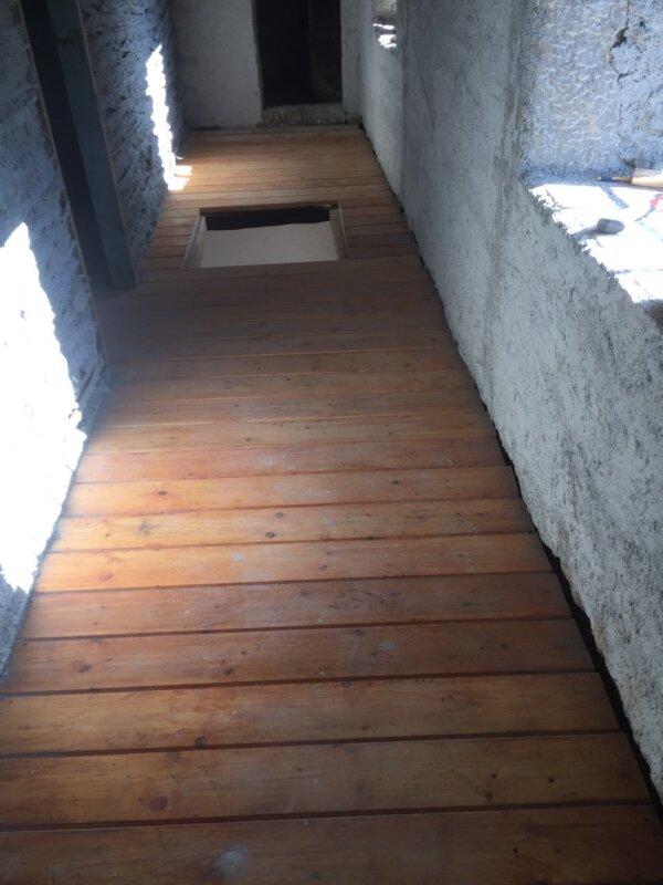 Ξύλινο πάτωμα Μύκονος